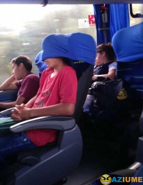 Aprenda como dormir no ônibus