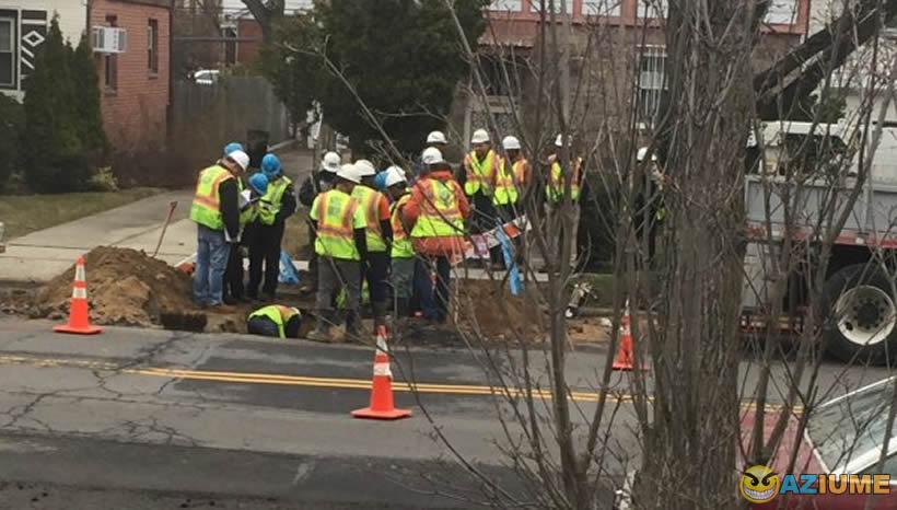 Quantos trabalhadores que precisa para tapar um buraco na sua cidade?