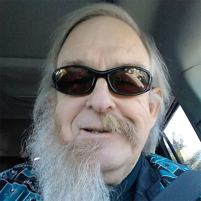 Meia barba é a última tendência da moda masculina