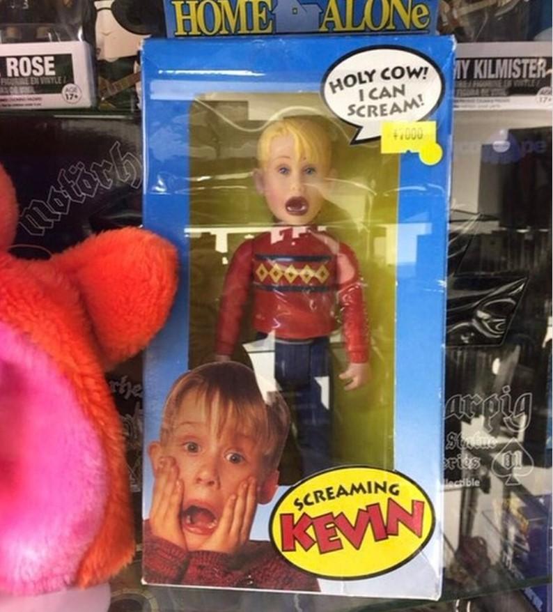 17 brinquedos estranhos que conseguem assustar qualquer criança